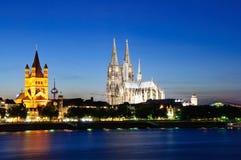Colonia/Köln nella penombra, Germania Fotografie Stock
