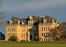 Colonial style mansion. In autumn Royalty Free Stock Images