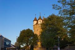 colonna Autumn Sunset Blue Sky della torre dello schwaebischgmuend Fotografia Stock Libera da Diritti