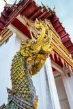 Colonna della decorazione della statua del gas del Na del tempio tailandese Fotografia Stock Libera da Diritti