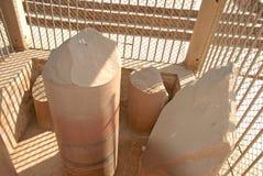 Colonna di Asokan e di Ananda Stupa a Kutagarasala Vihara, Vaishali, immagine stock libera da diritti