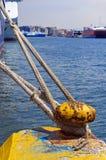 Colonna di ormeggio gialla Fotografia Stock Libera da Diritti