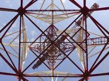 Colonna elettrica ad alta tensione del metallo Fotografia Stock