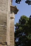 Colonna esterna della costruzione del blocchetto del cemento Immagini Stock Libere da Diritti