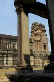 Colonnade Ankor Wat Royaltyfri Bild