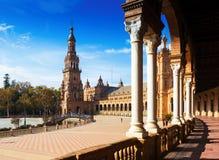 Colonnade de Plaza de Espana Séville Photo libre de droits