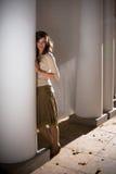 colonnade girl Στοκ εικόνες με δικαίωμα ελεύθερης χρήσης