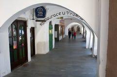 Colonnade in het centrum van Hranice Royalty-vrije Stock Foto's