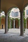 colonnadedomstol Royaltyfria Foton