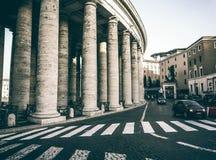 Colonnato classica del doppio di Roma fotografia stock libera da diritti
