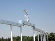 Colonnato di Taškent sul quadrato 2007 di indipendenza immagini stock