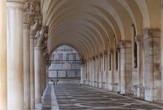 Colonnato, palazzo del Doge, Venezia, Italia Fotografia Stock