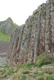 Colonne alte del basalto di Giant& x27; strada soprelevata di s Fotografia Stock