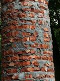 Colonne antique d'une brique photo stock