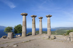 Colonne antique outre de la côte de la mer Égée troy La Turquie Images stock