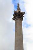 Colonne avec la statue d'amiral Nelson à Londres Image stock