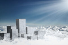 Colonne concrete sulla nuvola Immagine Stock