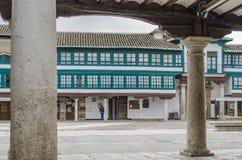 Colonne del quadrato principale di Almagro in Spagna Immagini Stock Libere da Diritti