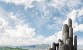 Colonne di pietra multiple con paesaggio strabiliante Immagine Stock Libera da Diritti