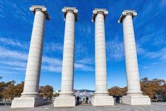 Colonne forte des symboles quatre catalans sur la colline de Monjuic Photo libre de droits