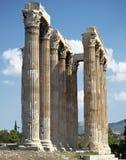 Colonne, tempiale dello Zeus di olimpionico Fotografia Stock