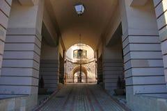 Colonnes, couloir, porte Photo libre de droits