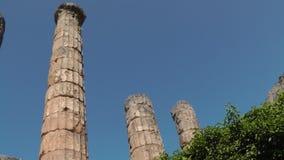 Colonnes de marbre dans la ville de Delphes, Grèce photos stock