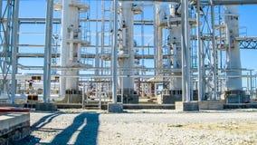 Colonnes de rectification du raffinerie de pétrole image libre de droits