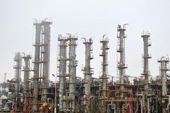 Colonnes de rectification, unité de séparation de gaz au raffinerie de pétrole, pétrochimique image stock