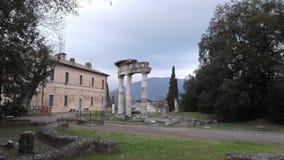 Colonnes de villa Adriana dans Tivoli, Italie images libres de droits