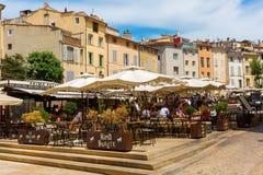Coloque DES Cardeurs com diversos cafés em Aix-en-Provence, França Fotos de Stock
