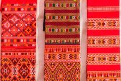 Coloré de la soie de style et du modèle thaïlandais indigènes de textiles Beautif Images stock