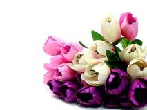 Coloré de la tulipe artificielle fleurit le bouquet sur le fond blanc Photographie stock libre de droits