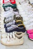 Coloré des chaussures d'occasion Images stock