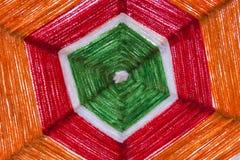 Coloré du fil en soie cru pour le fond Image libre de droits