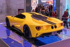 Color amarillo de Ford GT del coche fotos de archivo