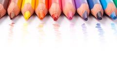 color blyertspennor trekantiga Arkivbild