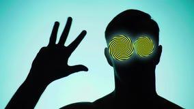 Color de fondo 4k, cámara lenta Sombra de una persona el individuo muestra el gesto, la cuenta en los fingeres a cinco, en el lug stock de ilustración