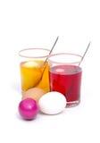 Color de los huevos de Pascua fotos de archivo