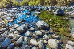 Color del agua de río Imagen de archivo