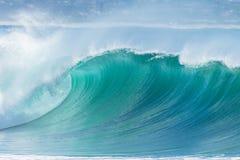Color del azul de la ola oceánica Fotografía de archivo