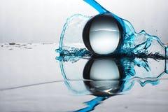 Color del chapoteo de la bola de cristal Imágenes de archivo libres de regalías