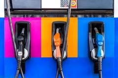 Color del surtidor de gasolina Fotos de archivo libres de regalías