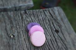 Coloré multi de macarons français est délicieux Images libres de droits