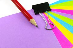 Color notes red pencil and clip Royalty Free Stock Photos