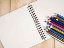 Color pencil and notebook 21 Royalty Free Stock Photography