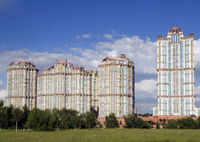 Color scarlatto complesso residenziale delle vele Immagine Stock Libera da Diritti