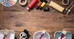 Color Swatch con la brocha y los tubos de la pintura de aceite foto de archivo