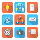 Colora ícones criativos do processo de negócios do estilo liso ajustados Fotos de Stock
