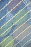 Colora a cubeta sob o engranzamento Fotos de Stock Royalty Free